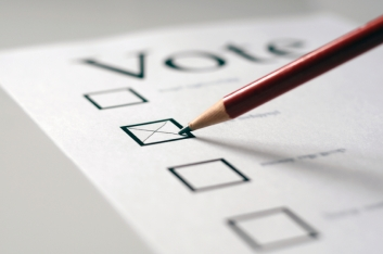 Voting and the Dilemma of the Lesser of Two Evils